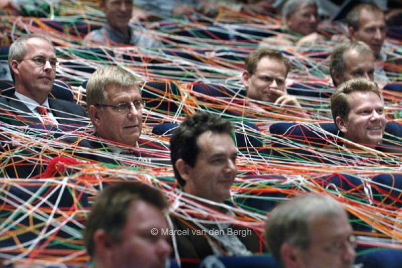 War Is Over >> 245445-netwerken-3.jpg